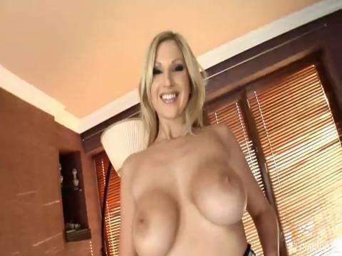 Clara G, Carol Goldnerova mobile porn video from Pink Visual Pad