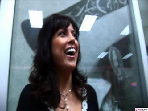 Adriana Analese - V2