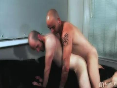 Sam Swift, Blake Johnson gay group sex video from Gay Orgy XXX