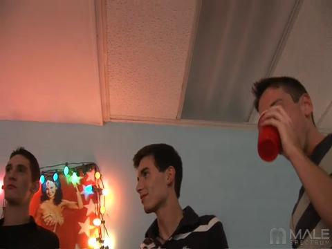 Frankie Chan gay amateur boys video from Gay Amateur XXX