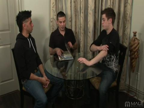 Jaymz Joynt, Nikko Brave, Mateo Takapino gay mobile porn video from iMale Spectrum Pass