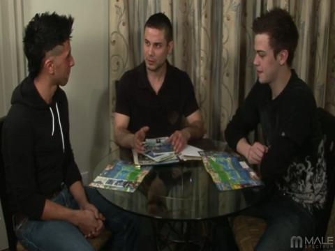 Jaymz Joynt, Nikko Brave, Mateo Takapino gay mobile porn video from iMale Spectrum Pass
